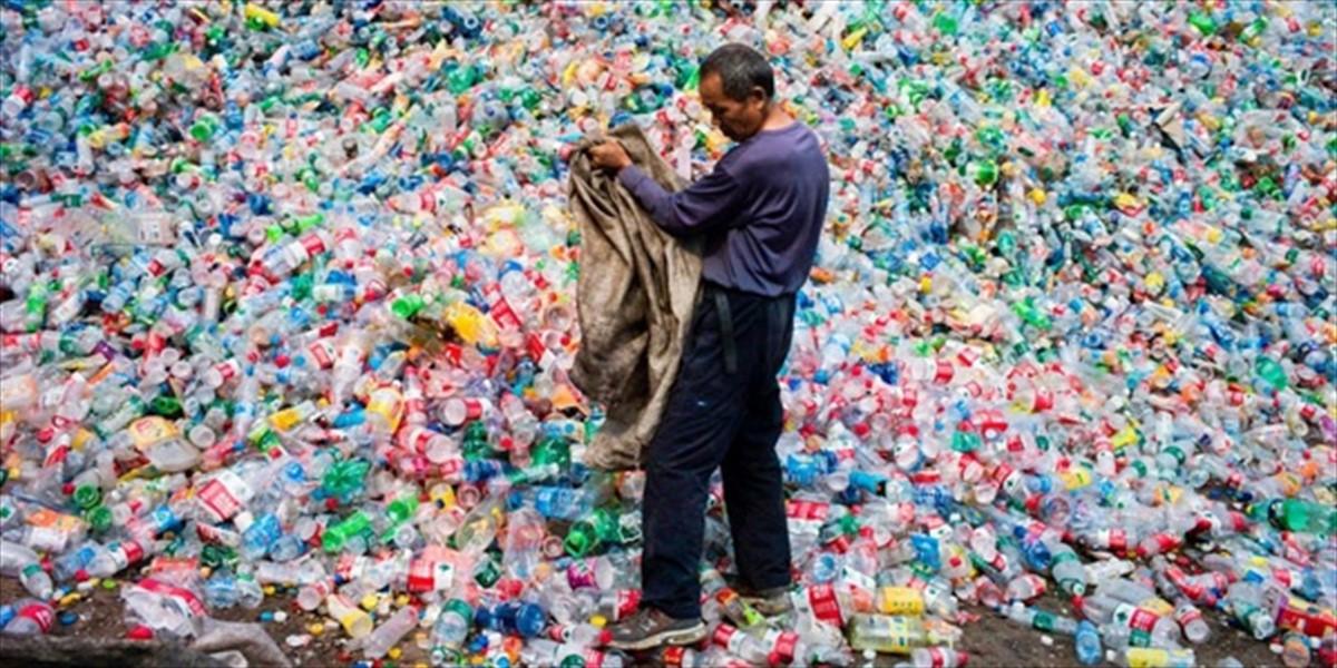 Giovanni Bozzetti - Verso un Planet Plastic